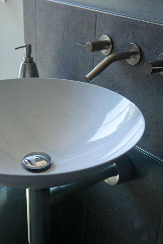 bathroom-basin-detail