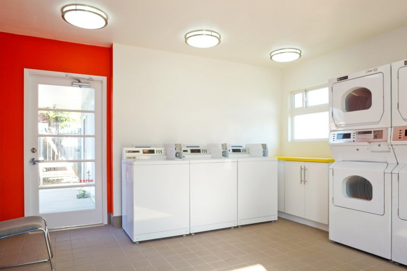 tenant-improvement-laundry-room-red